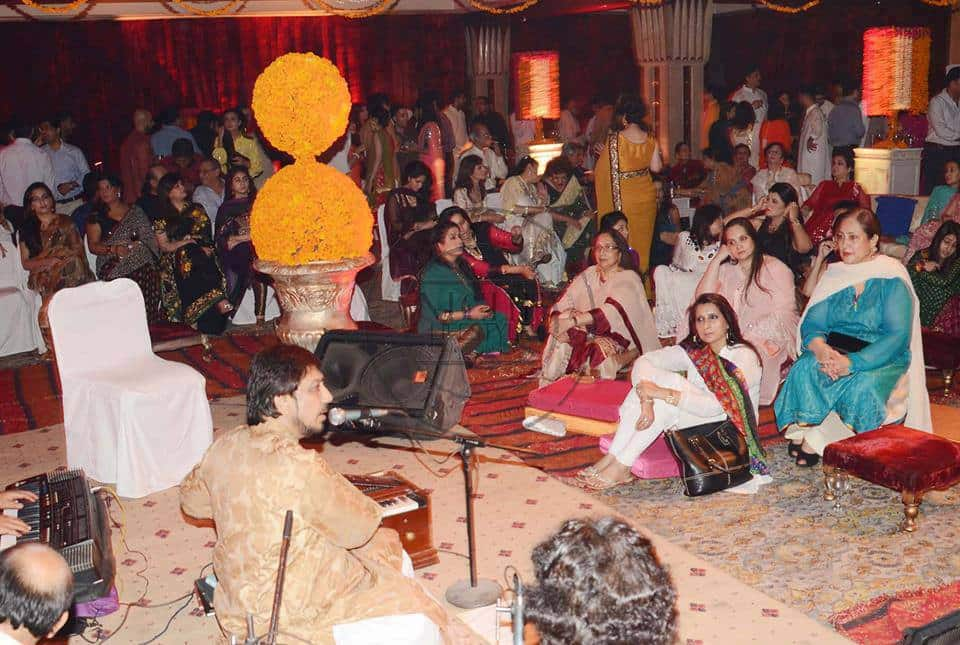 Mehndi Ceremony Explained : Juggan kazim s mehndi ceremony celebrities made their