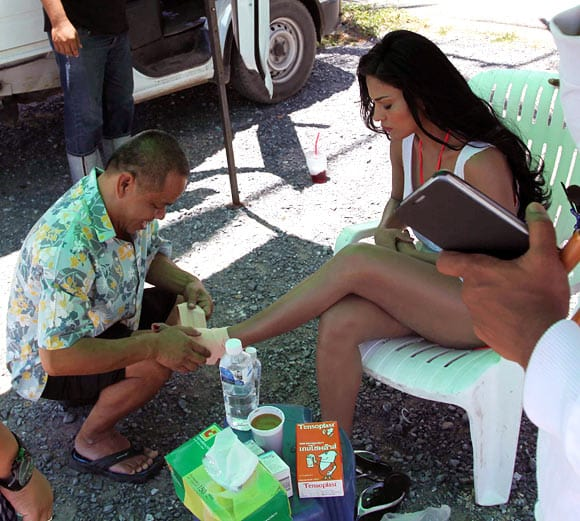 Veena-Malik-injured-in-Thailand-1