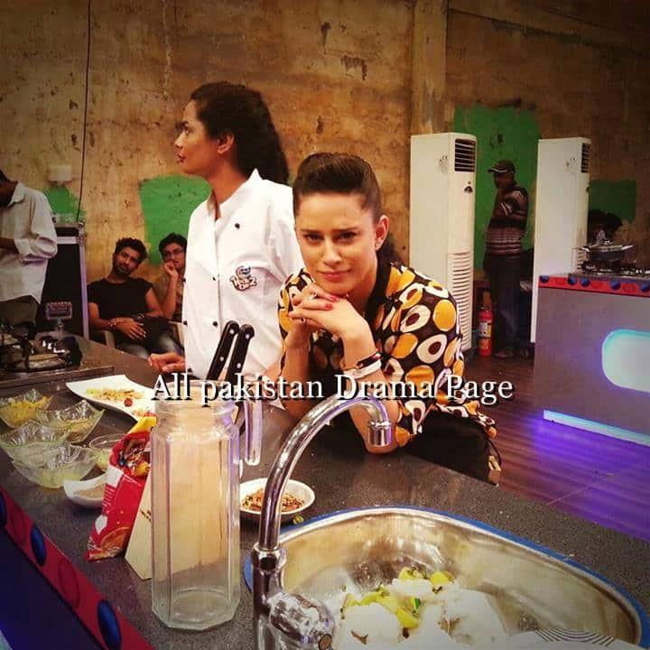 kurkure-kook-off-celebrity-show-for-ramadan-2013-91
