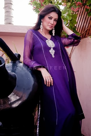 Naushemian_2013_Women_Wear_Collection