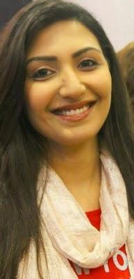 Zinda-Bhaag-Premiere-in-Karachi-3-193x400