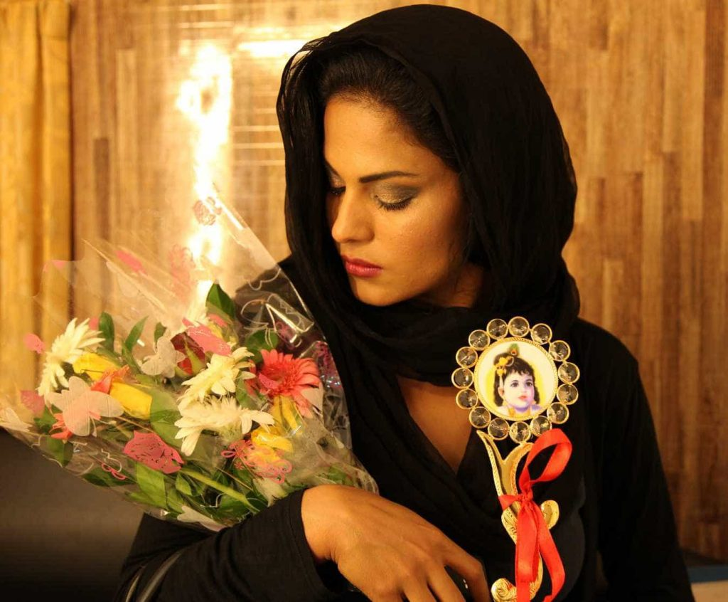 BJP-Bollywood-Accept-Veena-Malik-3