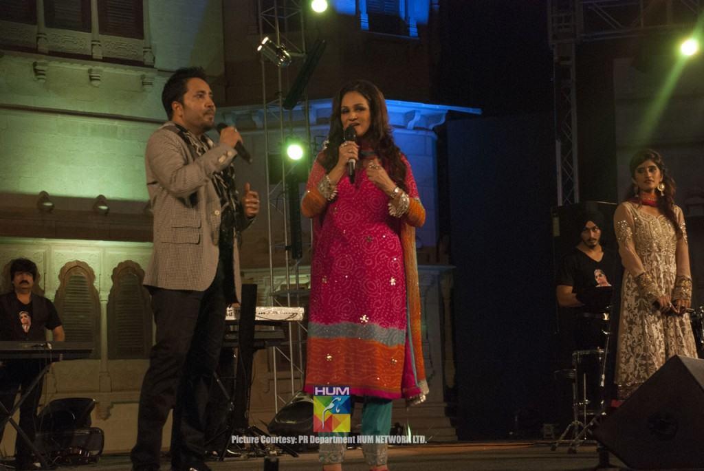 Mika-Singh-Karachi-Concert-Mohatta-Palace-1