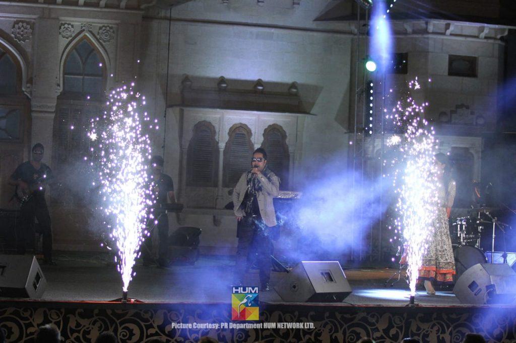 Mika-Singh-Karachi-Concert-Mohatta-Palace-6
