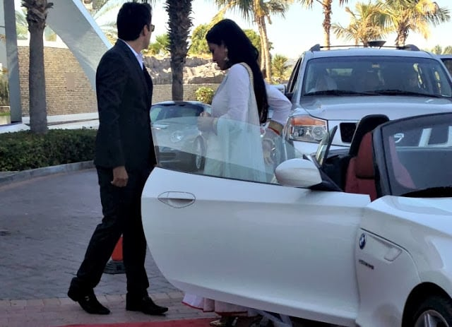 Veena-Malik-and-Asad-Bashir-Wedding-Pictures-1 (1)