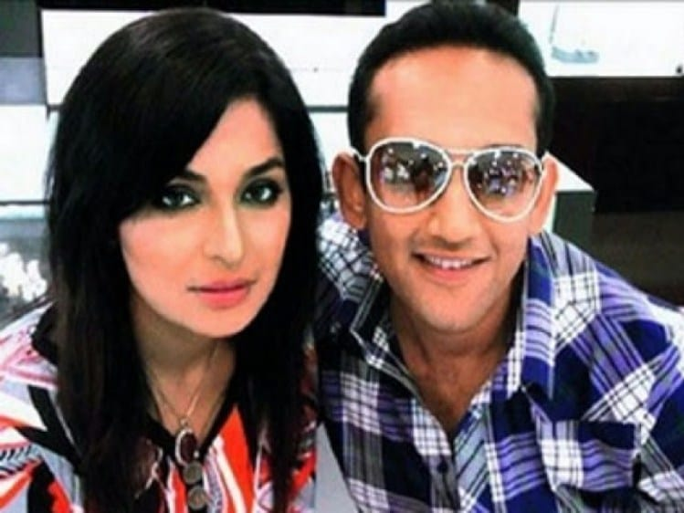 Pakistani-Actress-Meera-married-with-captain-Naveed-Revealed