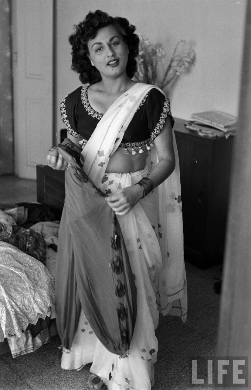 Hindi_film_actress_Begum_Para_07