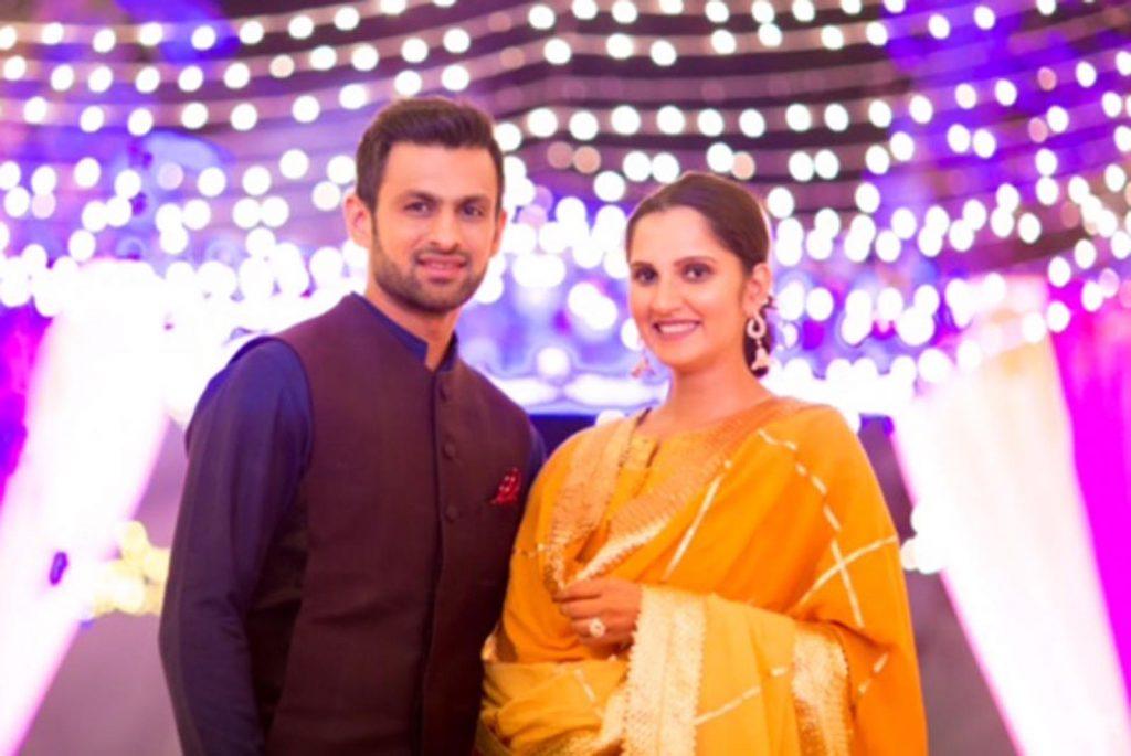 Shoaib Malik Dedicates Award To His Wife, On 7th Wedding Anniversery