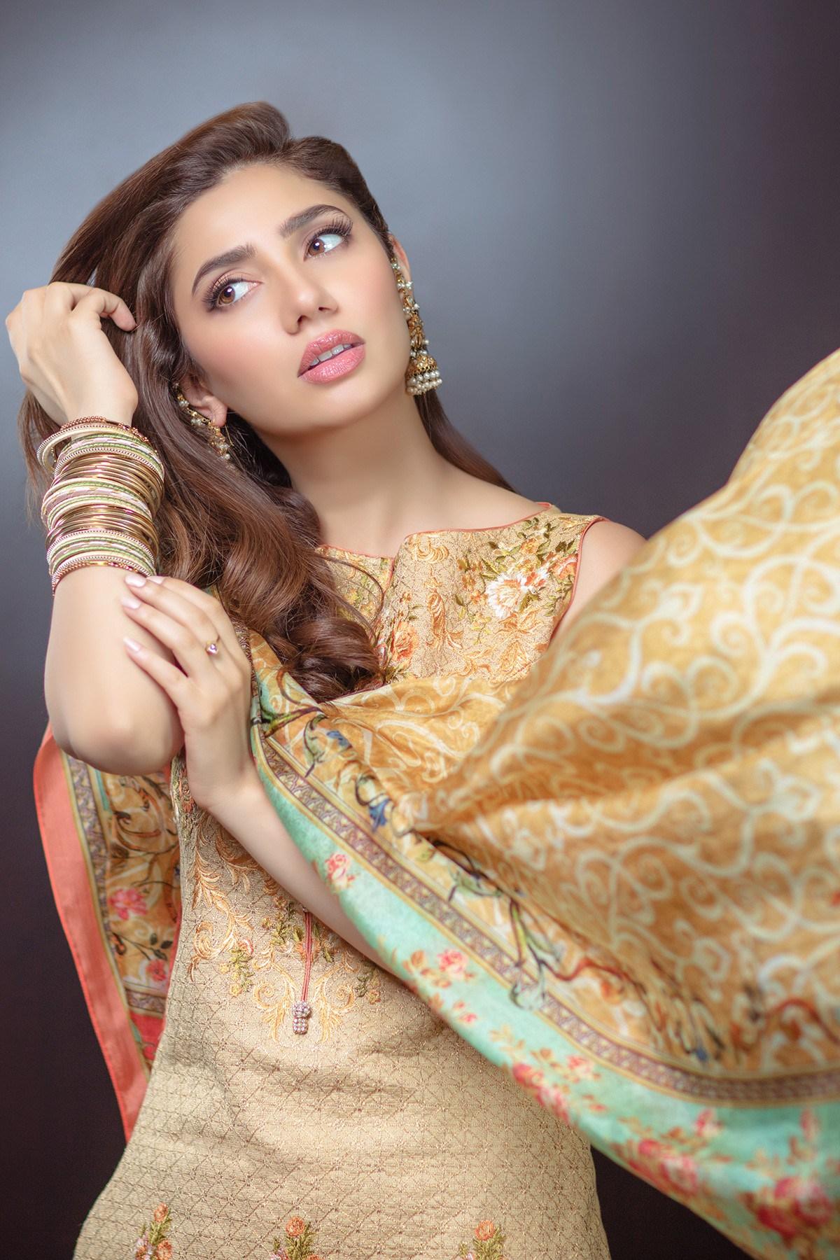 Mahira Khan Nude Photos 62