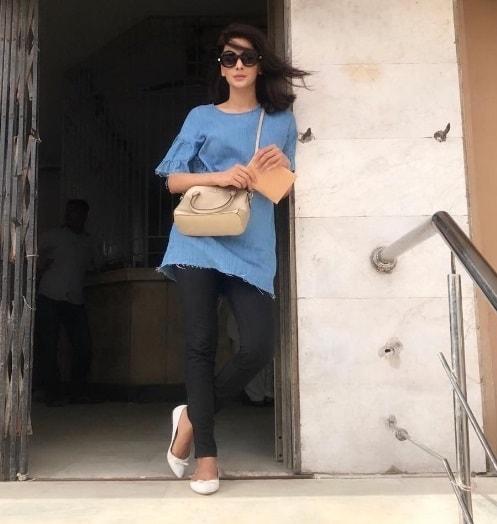 BTS Shots Of Qandeel Baloch's Biopic Drama 'Baghi'