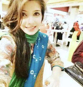 Fabiha Sherazi from Jeeto Pakistan takes the internet by storm
