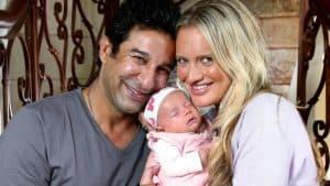 Shaniera Thompson with her children
