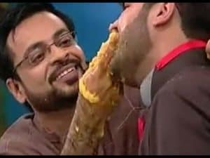Amir Bhai disess Rishi Kapoor!