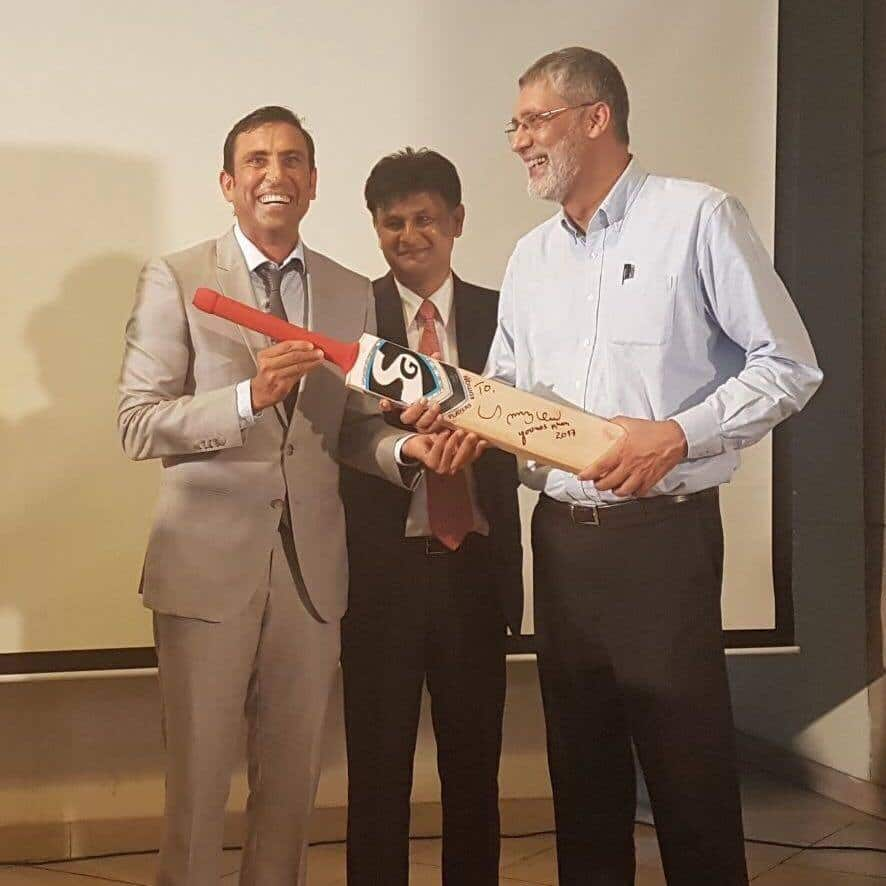 Younis Khan Donates His Signed Bat To TCF