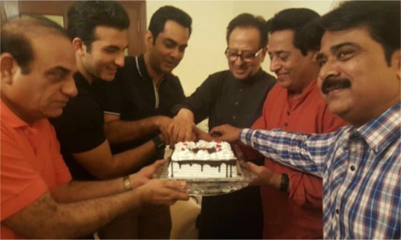 Nadeem Baig Completed His Golden Jubilee In The Industry And Team 'Chein Aye Na' Celebrated It