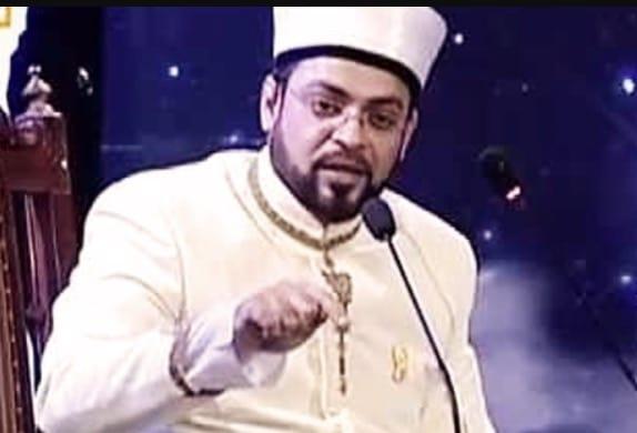 Pakistani Celebrities Who Thrive On Controversies