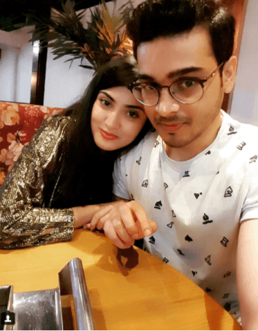 Alizey Tahir Shared Pics With Her Fiancé