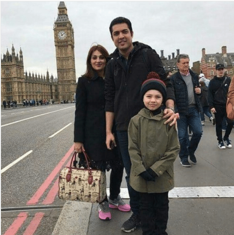 Iqrar-ul-Hassan And His Family Are Enjoying Summer Break In London
