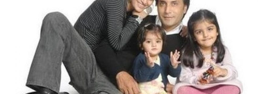 Celebrities with their families-Random Snaps!