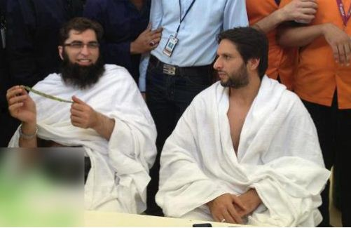 Shahid Khan Religion: Pakistani Celebrities Performing Hajj And Umrah-Rare