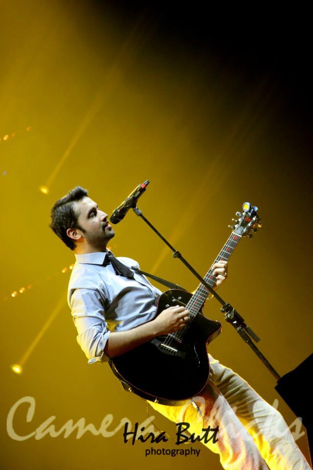 Atif Aslam live at LG Arena Birmingham 20