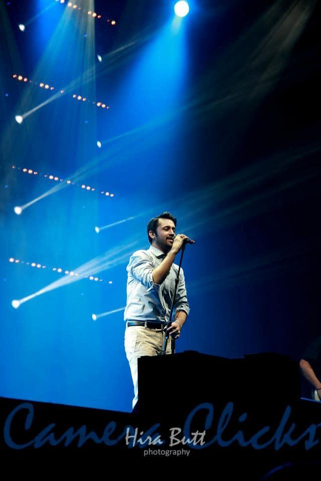 Atif-Aslam-live-at-LG-Arena-Birmingham-7