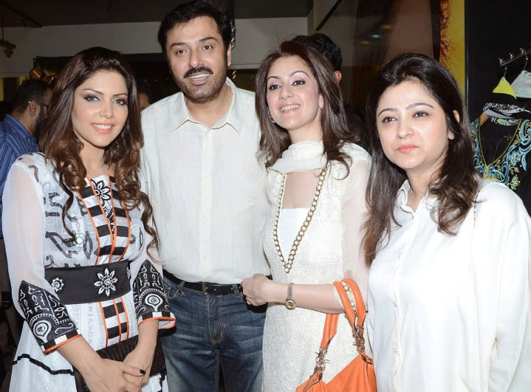 Launch-of-Hadiqa-Kiani-Fabric-World-11