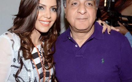 Hadiqa Kiani Launches her own Clothing Brand- Inauguration Pictures!