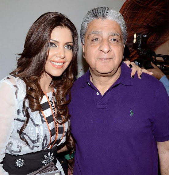 Launch-of-Hadiqa-Kiani-Fabric-World-13