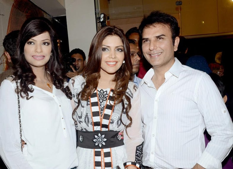 Launch-of-Hadiqa-Kiani-Fabric-World-7