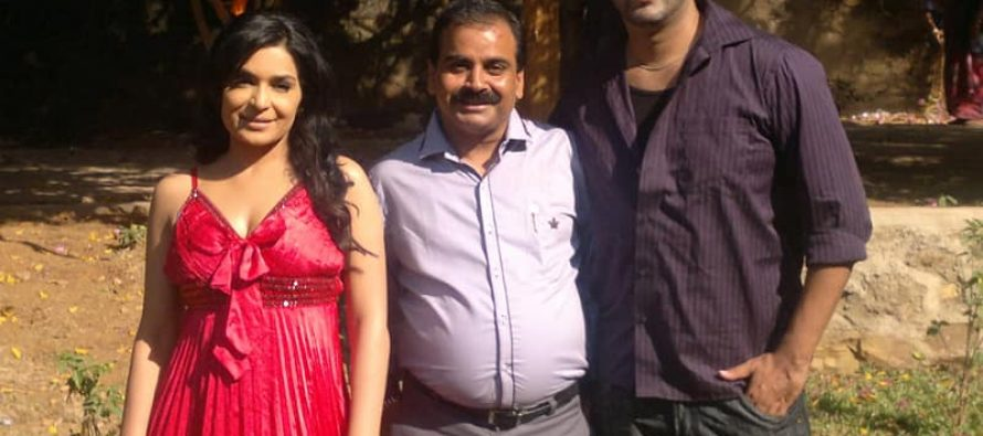 Indian Producer Ajay Yadav Sues Meera for Leaving the Film incomplete!