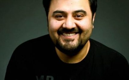 Ahmed Ali Butt to Host Lux Style Awards 2013!