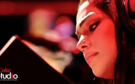 Sanam Marvi sang an Item Song for 'Ishq Khuda'