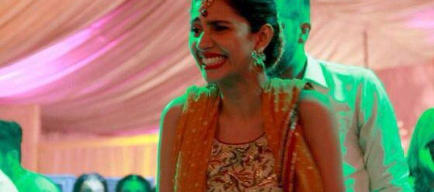 Mahira Khan Spotted in Feeha Jamshed's Mehndi!