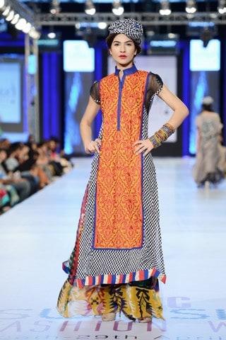 Nimsay-Collection-At-PFDC-Sunsilk-Fashion-Week-2013-003
