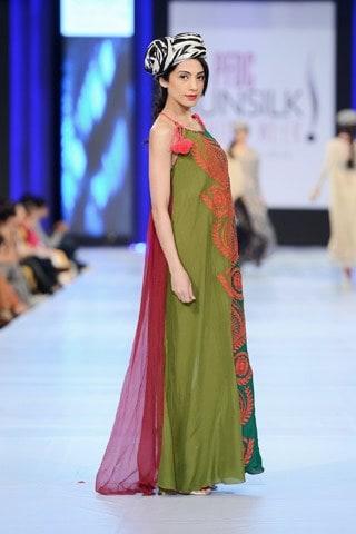 Nimsay-Collection-At-PFDC-Sunsilk-Fashion-Week-2013-005