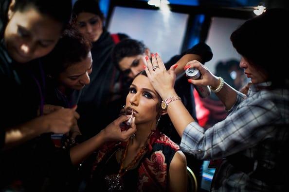 Pakistan+Elite+Attend+Fashion+Pakistan+Week+KtSsiqNRkZfl