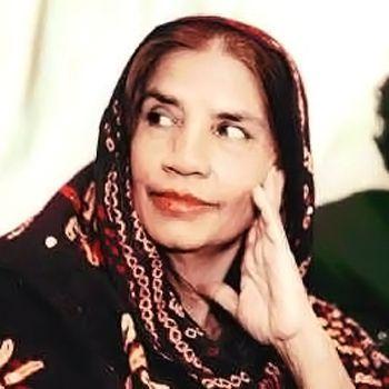 Pakistani Singer Reshma
