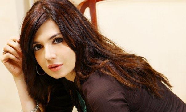 Model actress Mahnoor Baloch 330