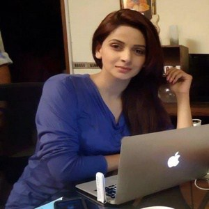 Saba-Qamar-with-laptop