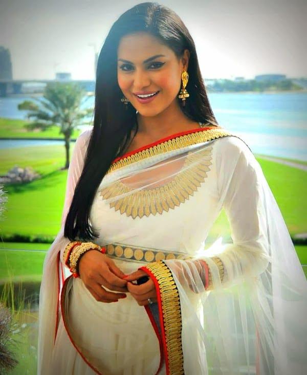 Veena-Malik-and-Asad-Bashir-Wedding-Pictures (8)