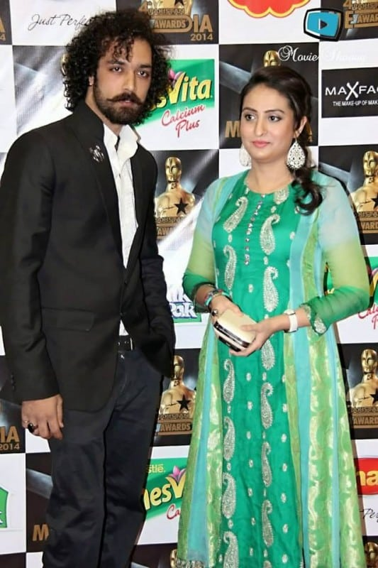 4th-Pakistan-Media-Awards-Red-Carpet-Collection-Images-12-533x800