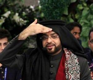 Aamir-Liaquat-Hussain-During-Show-3063