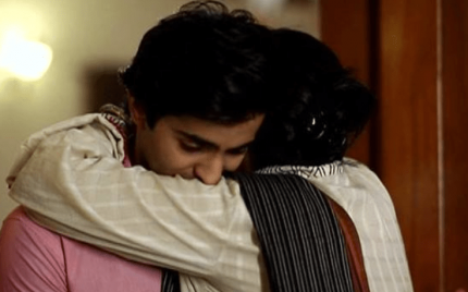 Aasmanon Pay Likha Episode 19 – The Re-union!
