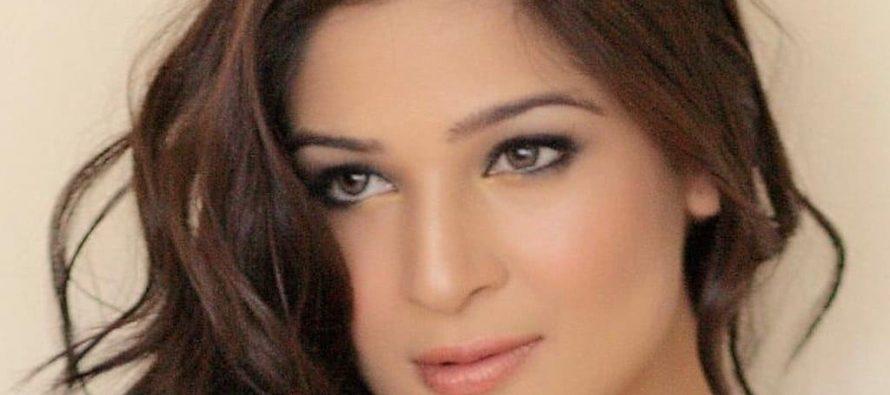 Ayesha Omar signed for WAAR2