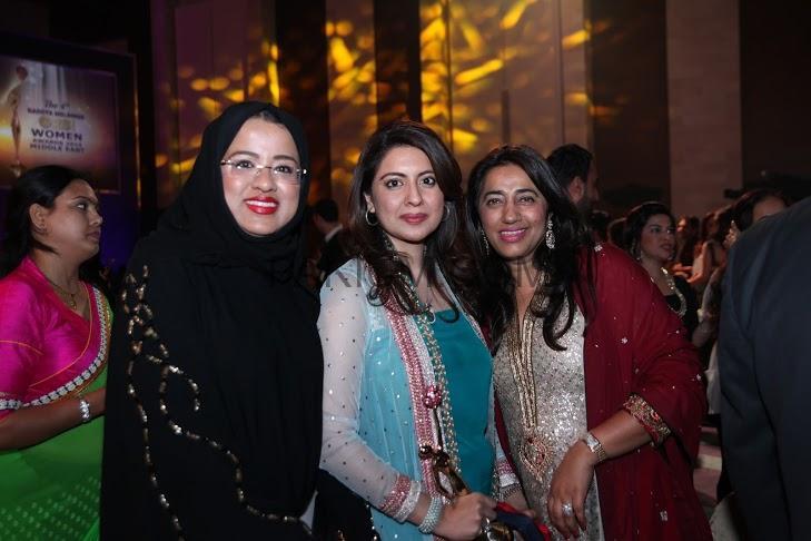 Sidra-Iqbal-Won-4th-GR8-Women-Awards-2014-4