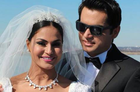 veena-malik-white-wedding-celebrations-8