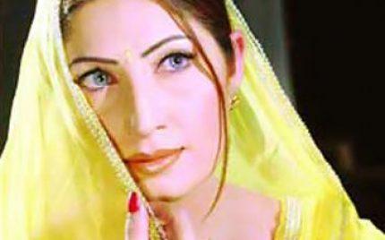 Filmstar Saima to work in a TV drama
