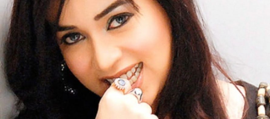 Komal Rizvi Publishes Her Own Cooking/Recipe Book.