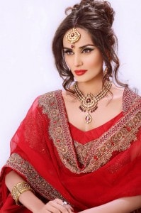 Mehreen-Syed-Best-Brilliant-Red-Bridal-Make-Over-Photoshoot-2012_6